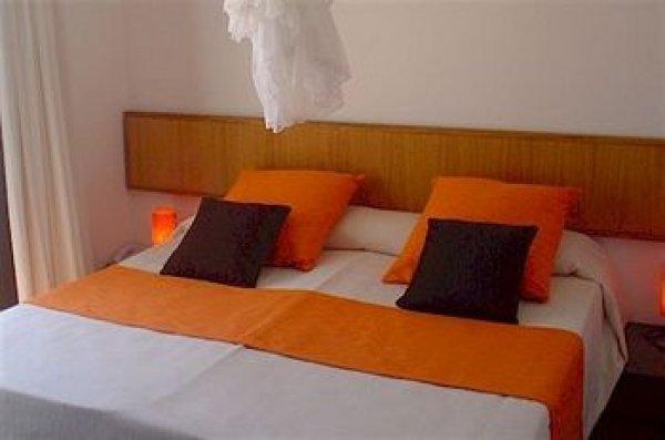 The One Hotel Ibiza, Ibiza