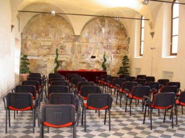 Chiostro delle Monache, Volterra