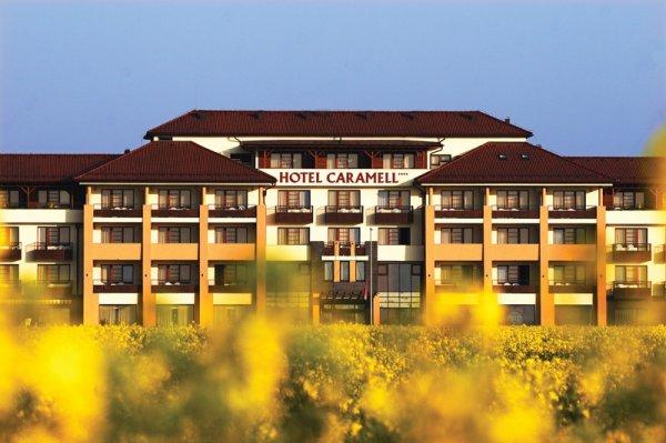 Hotel Caramell, Bukfurdo