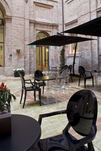 Il Giglio Hotel, Corinaldo