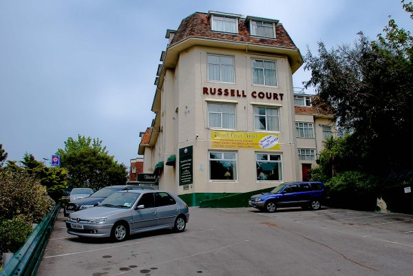 Russell Court Hotel, 伯恩茅斯(Bournemouth)