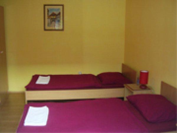 Servus- Rooms for rent, Zagreb