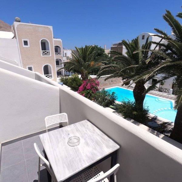 Anny Studios Perissa Beach, Santorini