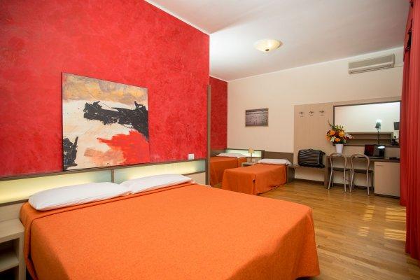 Hotel Fiera Congressi, Milano
