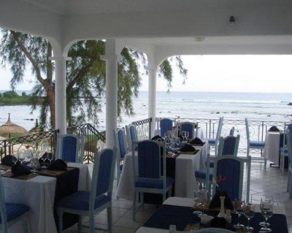 Oasis Beach Club, Trou aux Biches