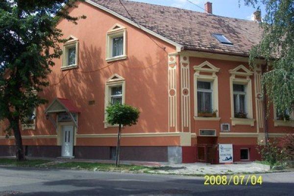 Fehér Hajó Guesthouse Aqua-Fit Club, Győr