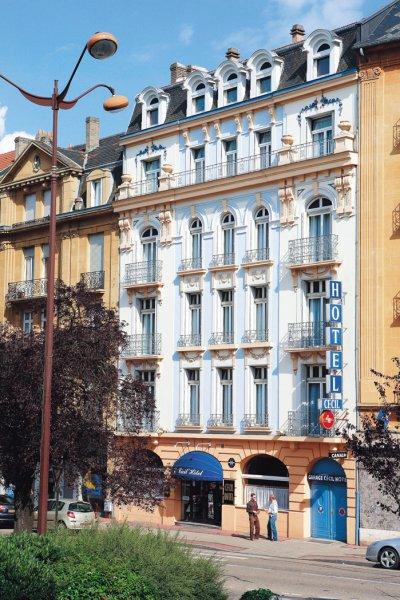 Cécil' Hôtel, Metcas