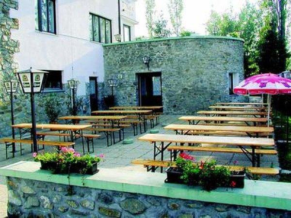 Füzi Panzió Étterem, Sopron
