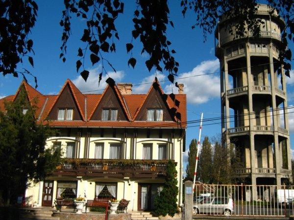 Révész, Győr