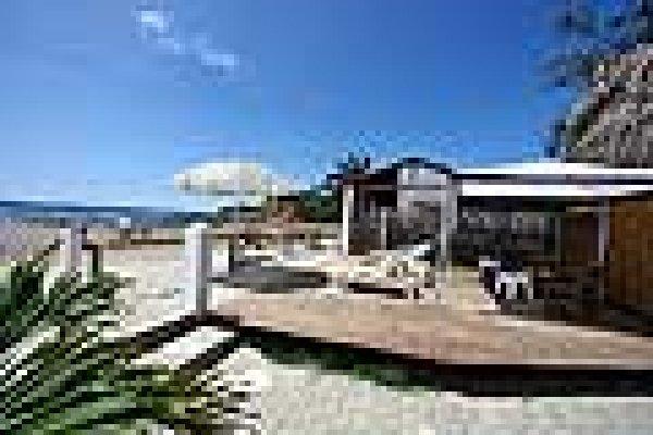 Hanga Roa Hostel, Montañita