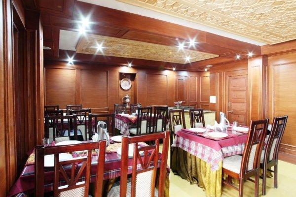 Hotel Sadaf, Srinagar