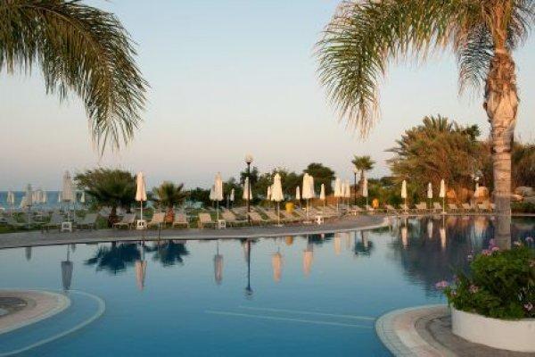 Sentido Kouzalis Beach Hotel, Paralimni