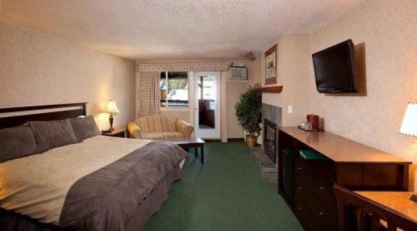 Awa Hotel Hc Banff, Banff