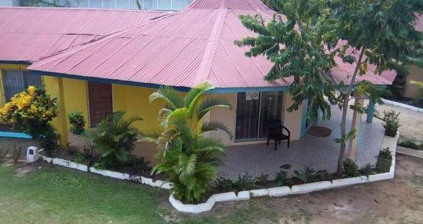 Jamaica Tamboo, Negril