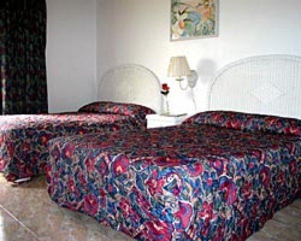 Park Manor Hotel, Nassau