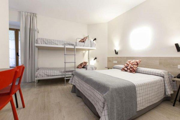 Hostal Castilla II - PUERTA DEL SOL, Madrid