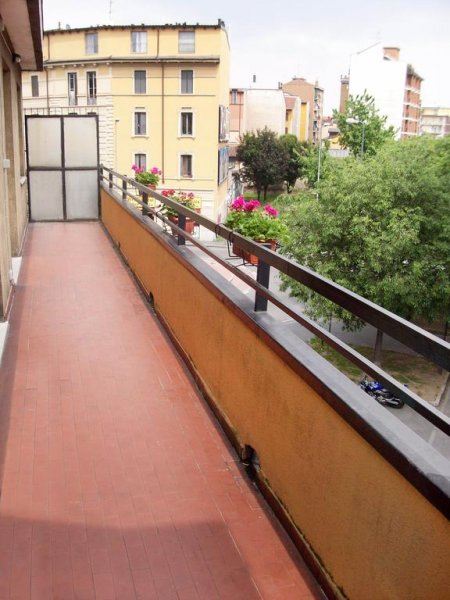 Hostel 3, Milan