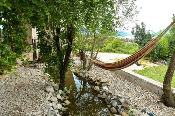 Art Club Hostel Anton, Tivat