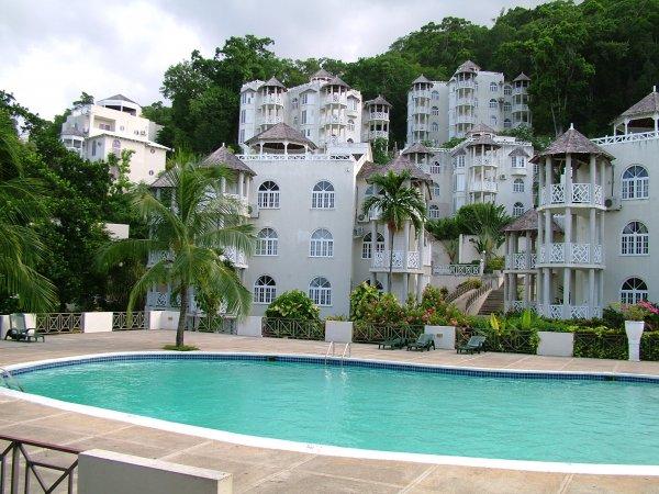 Skycastles Condominiums, Ocho Rios