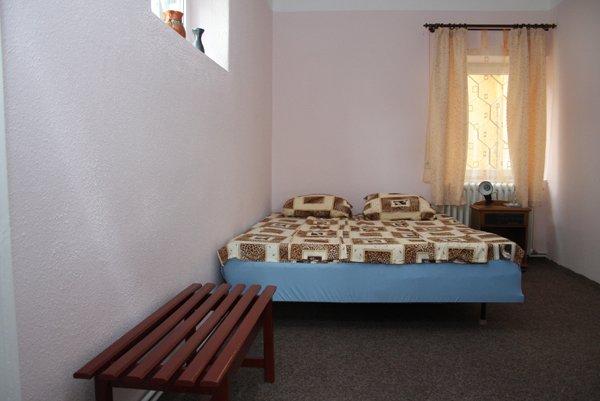 Irene's Hostel, Szucsáva