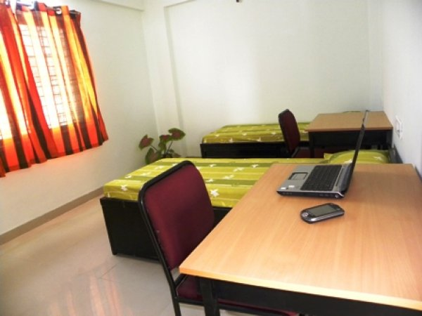 Oasis Hostels, Indore