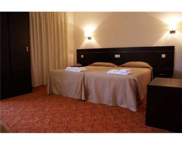 Hotel 13 de Outubro - Turismo Hotéis Fátima Portugal, Fatima