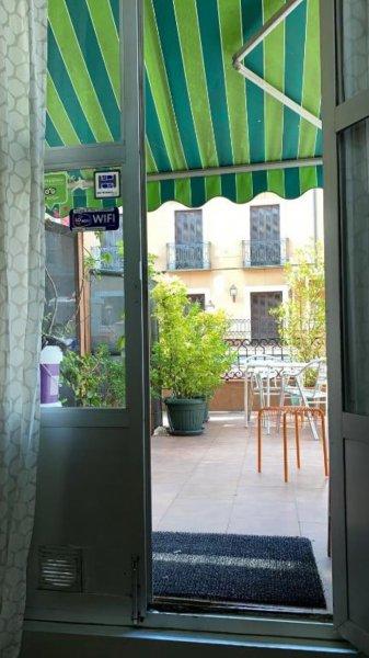 Barbieri Sol Hostel, Мадрид