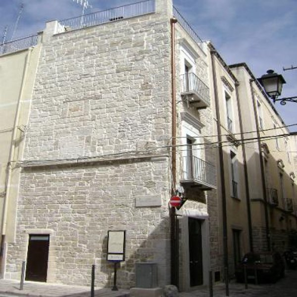 Saint Nicholas Plaza, Bari