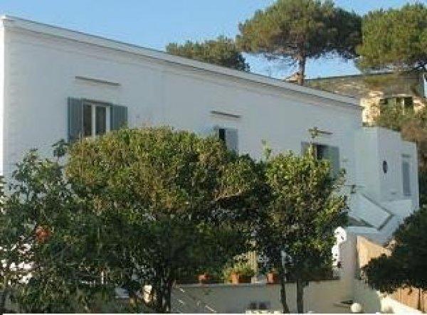 Villa Giusto, Ischia