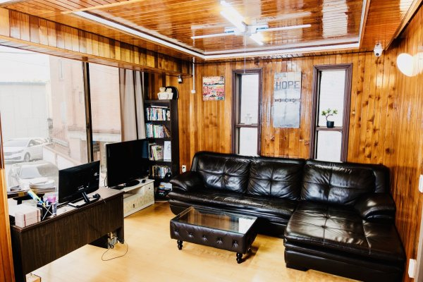 Chingu Guesthouse Hongdae - Mr. Kim's Branch, 首尔