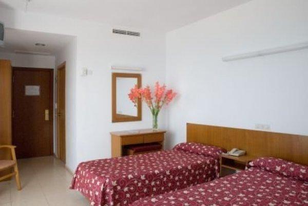 Hotel Surf Mar, 滨海略雷特(Lloret De Mar)