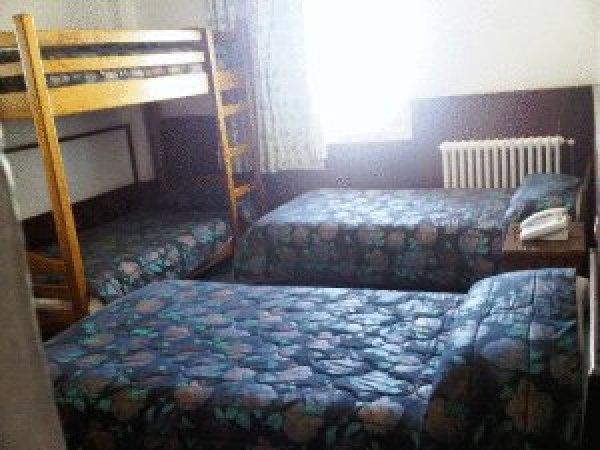 chbat hotel, Cedars
