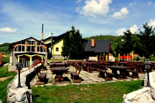 Ethno Village Babici and Hotel Rostovo, Travnik