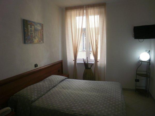 Hotel Della Posta, Genova