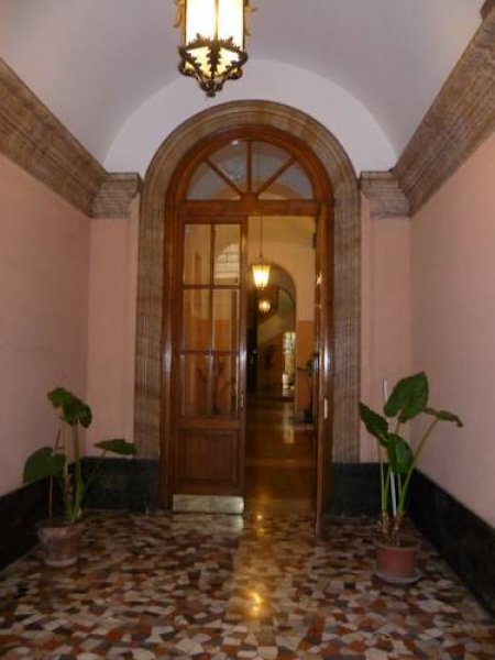 Poliziano Inn, Roma
