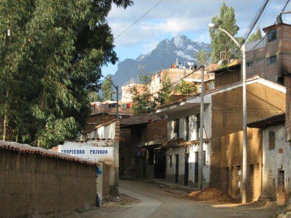 Bellapampa Hostel, Хуараз