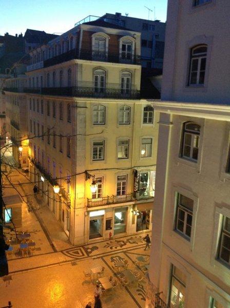 New Aljubarrota, Lisabona