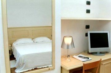Hotel Paradiso, Чинкуе Терре