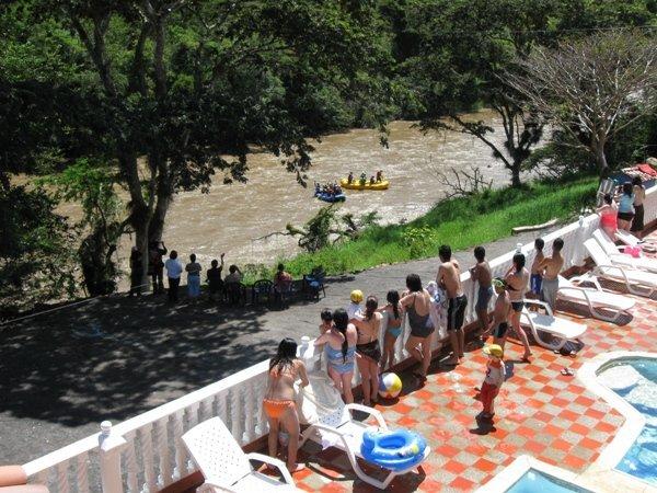 Hotel Campestre Cacique Yarigui, San Gil