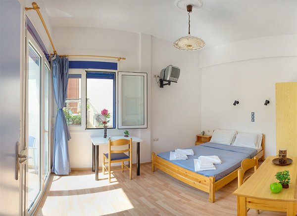 Rent Rooms The Sea-front, Crete - Rethymno