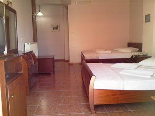 Faros II Hotel Piraeus, Piraeus