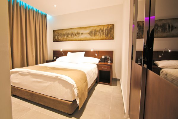 Achilleos Hotel, Larnaca