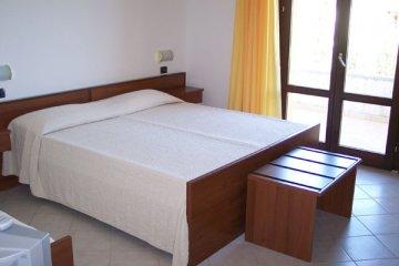 Hotel Meublè Shine, Acqualagna