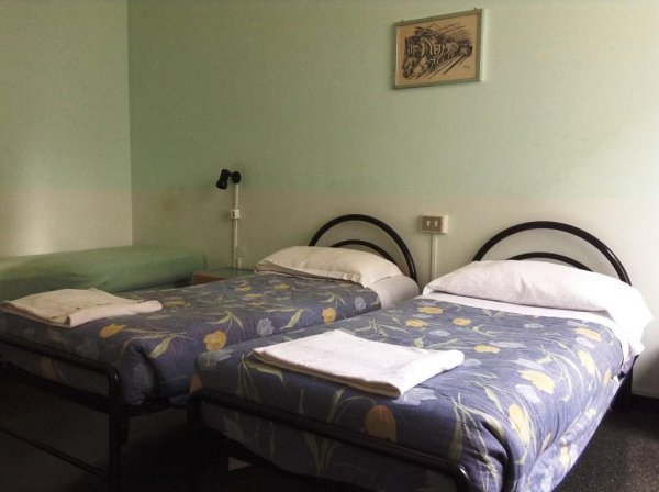Hotel Bernheof, Genova