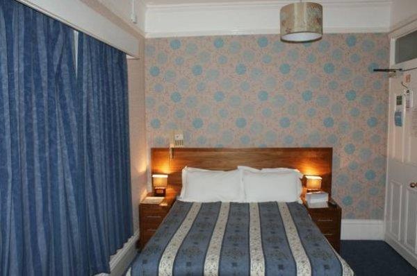 Kirkdale Hotel, Croydon