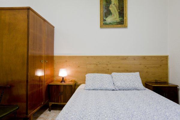 Hostal Velasco, Madrid