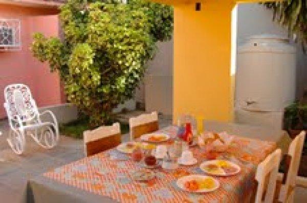 Marvelous Casa Ruth Pension In Trinidad Hostelsclub Bralicious Painted Fabric Chair Ideas Braliciousco
