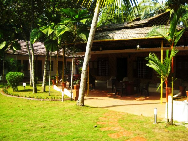 Vedanta Wake up! along the dreamy backwaters, Alleppey, Аллеппи