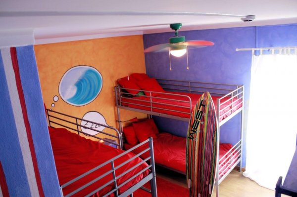 Ericeira Surf Camp Hostel, Ericeira