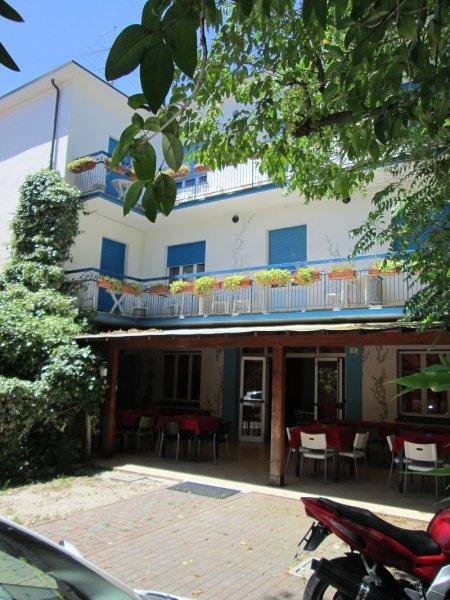 Hotel Migani Rimini Hostel, Rimini